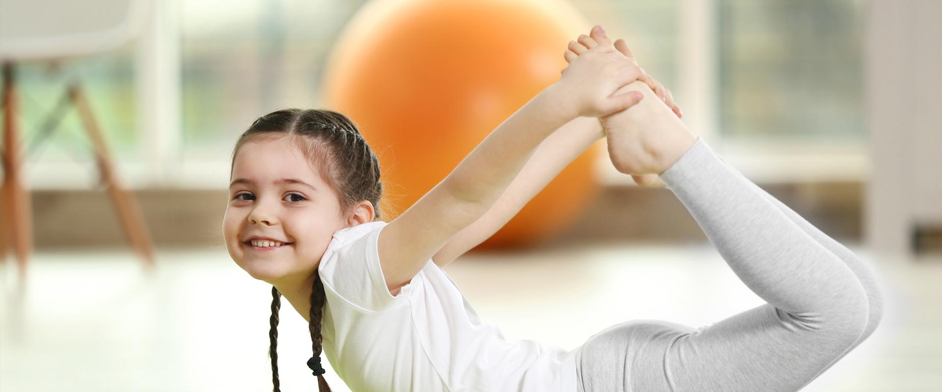 Dlaczego warto, żeby dzieci ćwiczyły jogę?
